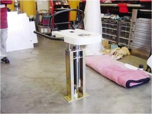 リハビリ用器具昇降装置