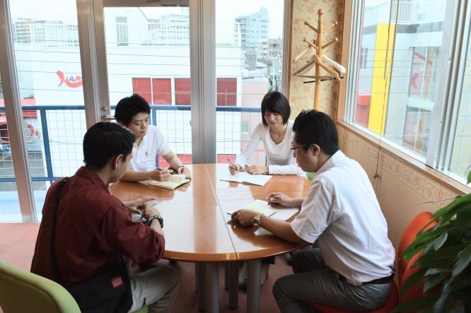 140828早稲田大学「社会連携教育IPPO」社長のカバンモチ (1)